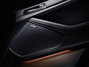 feature_optima_2014_infinity-sound-8-speaker_S--Kia-600x-jpg